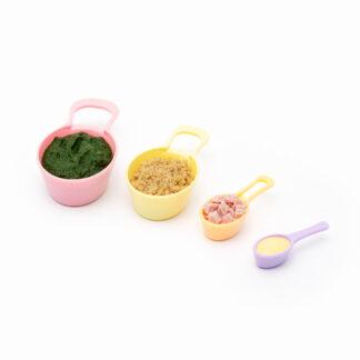 cuillere-mesure-dosies-accompagne-petite-assiette-magasin-puériculture-bébé-nantes-repas